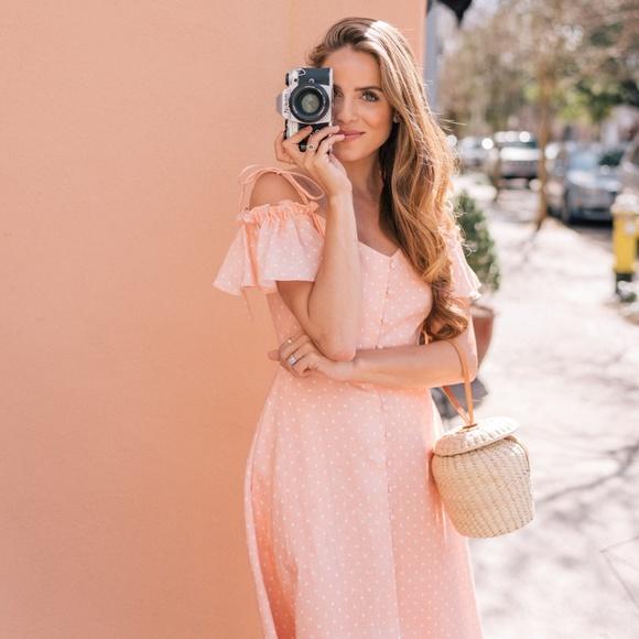 "Gal Meets Glam Dresses & Skirts - ❗️SOLD❗️Gal Meets Glam ""Colleen"" Dress Candy Ecru"